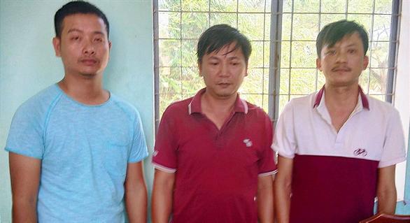 Quảng Nam triệt phá đường dây cá độ bóng đá qua mạng 40 tỉ đồng - Ảnh 1.
