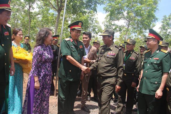 Bộ trưởng Quốc phòng Campuchia: Sự giúp đỡ của Việt Nam không phải là xâm lược - Ảnh 1.