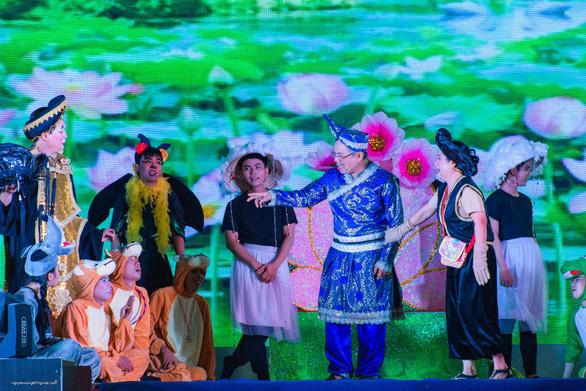 Vua bong bóng thế giới Fan Yang sẽ biểu diễn tại Đầm Sen - Ảnh 5.