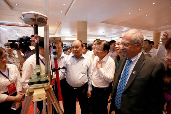 Thủ tướng nhắc việc xây hồ trên đỉnh đồi gây thiệt hại lớn về người - Ảnh 1.
