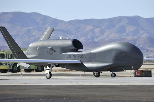 Iran tuyên bố bắn rơi máy bay do thám 14 tấn của Mỹ - Ảnh 1.