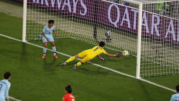 Thua Chile 0-2, tuyển nữ Thái Lan trắng tay rời World Cup 2019 - Ảnh 1.