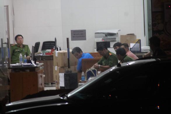 Chủ doanh nghiệp kêu giang hồ vây xe công an là đại biểu HĐND - Ảnh 2.