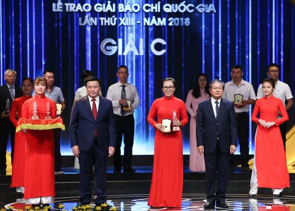 Thủ tướng Nguyễn Xuân Phúc: Thông tin tích cực phải là dòng chủ lưu - Ảnh 2.