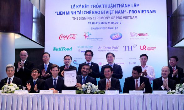 9 công ty bắt tay thành lập liên minh tái chế bao bì Việt Nam - Ảnh 1.