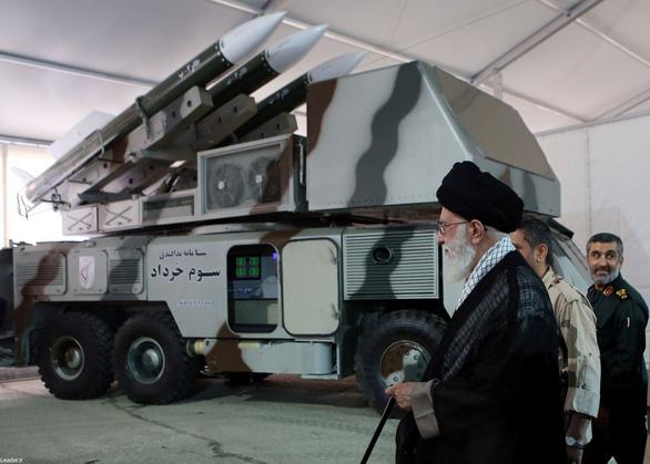 Iran tung bằng chứng máy bay Mỹ xâm phạm vùng trời - Ảnh 1.