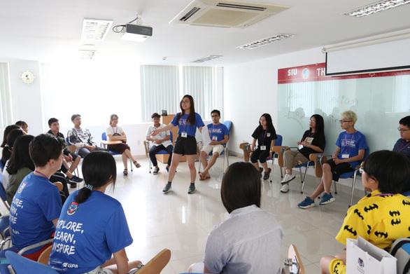 Sinh viên Đại học Quốc tế Sài Gòn giao lưu cùng sinh viên Đại học Harvard - Ảnh 3.