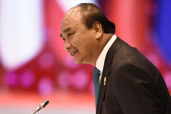 Thủ tướng Nguyễn Xuân Phúc: Biển Đông còn phức tạp, ngư dân còn bị va chạm nhiều - Ảnh 2.
