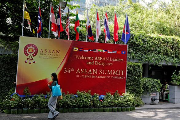 ASEAN Summit khai mạc với nhiều vấn đề gai góc - Ảnh 1.