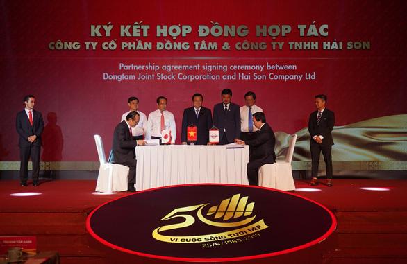50 năm thương hiệu Đồng Tâm: Hành trình từ xưởng sản xuất gạch bông bước ra thế giới - Ảnh 4.