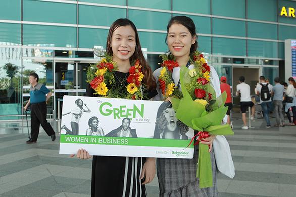 Sinh viên Duy Tân nhận học bổng Nữ sinh viên kỹ thuật AmCham 2019 - Ảnh 2.