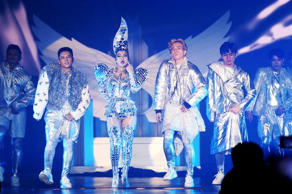 Kim SoHyang - Thu Minh khẳng định đẳng cấp diva trong đêm I am Diva - Ảnh 2.