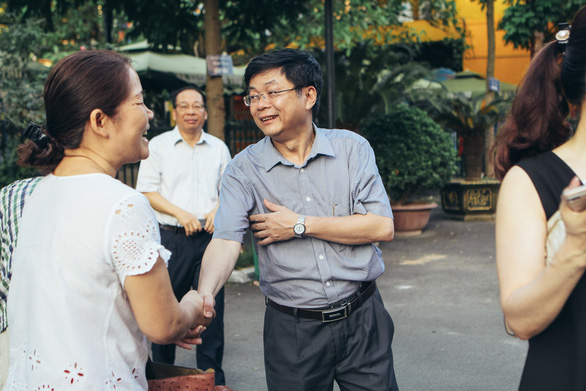 Thầy cô ở Hà Nội lên đường làm nhiệm vụ thi THPT quốc gia - Ảnh 5.