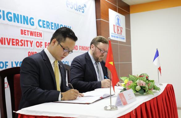 Những bước tiến trên lộ trình quốc tế hóa giáo dục của UEF - Ảnh 2.