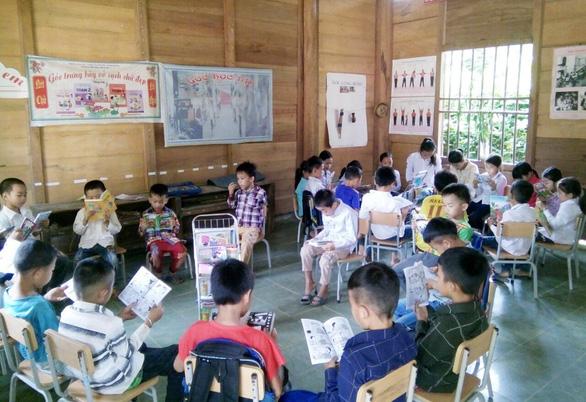 Thư viện mini ngày hè cho trẻ vùng núi - Ảnh 1.