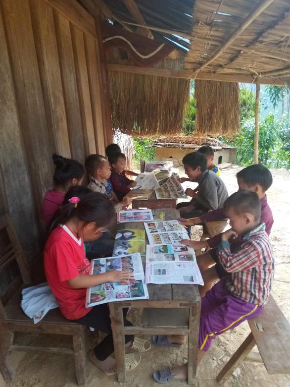 Thư viện mini ngày hè cho trẻ vùng núi - Ảnh 2.