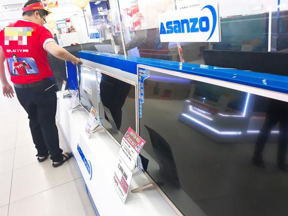 Một số nhà bán lẻ tạm ngưng kinh doanh, chờ phản hồi từ Asanzo - Ảnh 1.