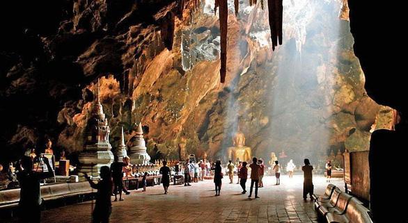 Cuộc giải cứu thần kỳ đưa hang Tham Luang vào bản đồ du lịch Thái Lan - Ảnh 2.