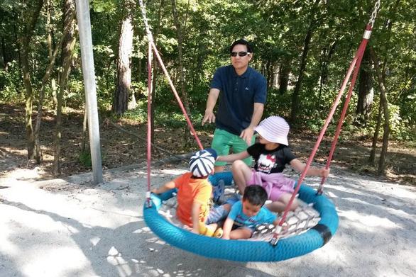 Trẻ em cần một mùa hè đúng nghĩa - Ảnh 1.