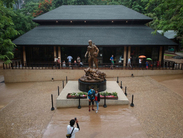 Cuộc giải cứu thần kỳ đưa hang Tham Luang vào bản đồ du lịch Thái Lan - Ảnh 3.