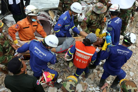 Lãnh đạo tỉnh ở Campuchia từ chức vì sập công trình xây trái phép - Ảnh 1.