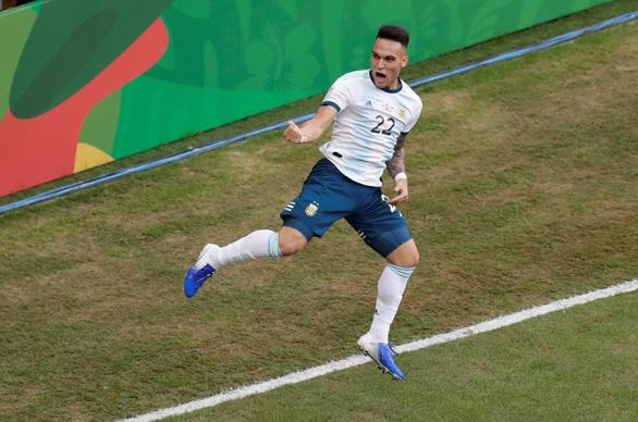 Đá bại Qatar, Argentina vào tứ kết Copa America 2019 - Ảnh 1.