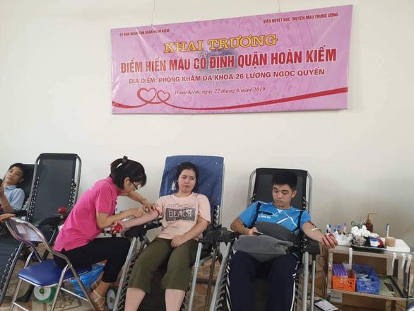 Khai trương điểm hiến máu cố định đầu tiên ở Hà Nội - Ảnh 1.