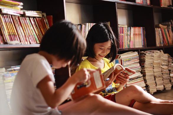 Thư viện tư: thêm cảm hứng đọc cho xã hội - Ảnh 1.