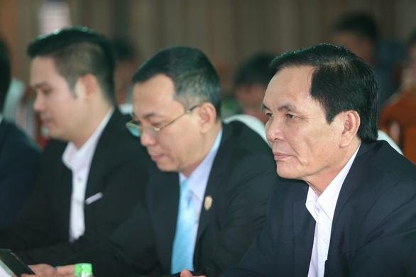 VFF sẽ bầu bổ sung phó chủ tịch tài chính thay ông Cấn Văn Nghĩa - Ảnh 1.