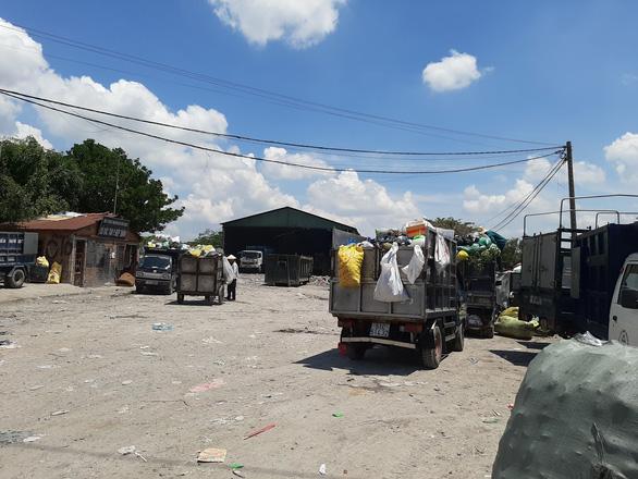 Trắng trợn mang cả bãi rác vẽ thành đất dự án, phân lô bán nền - Ảnh 3.