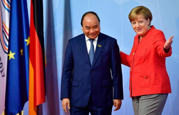 Việt Nam và EU chốt ngày ký hiệp định EVFTA vào 30-6 - Ảnh 1.