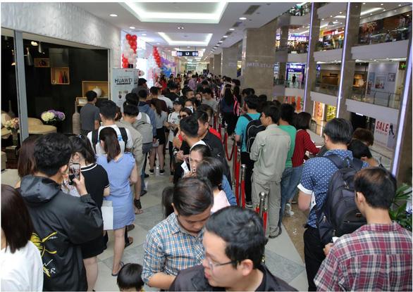 Huawei khai trương cửa hàng trải nghiệm tại TP HCM - Ảnh 2.