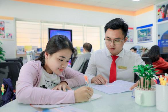 Xu hướng xét tuyển học bạ vào đại học quốc tế - Ảnh 1.