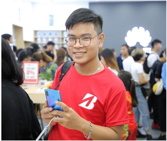 Huawei khai trương cửa hàng trải nghiệm tại TP HCM - Ảnh 3.