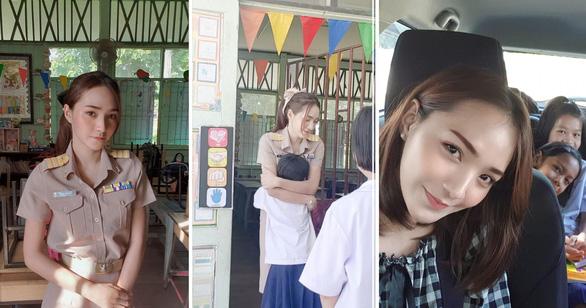 Clip chào đón của cô giáo Thái Lan khiến nhiều người muốn làm học sinh - Ảnh 2.