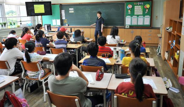 Giới trẻ Hàn mê làm công chức hơn làm sao giải trí - Ảnh 3.