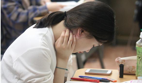 Giới trẻ Hàn mê làm công chức hơn làm sao giải trí - Ảnh 5.