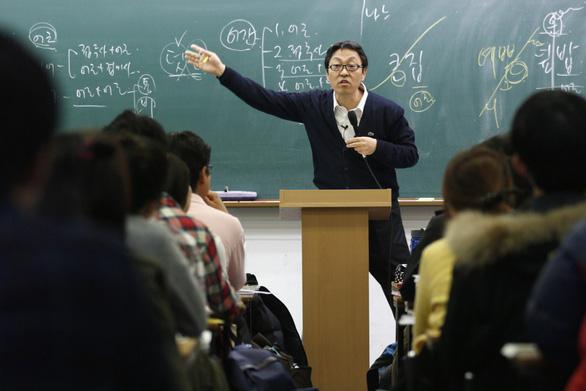 Giới trẻ Hàn mê làm công chức hơn làm sao giải trí - Ảnh 2.