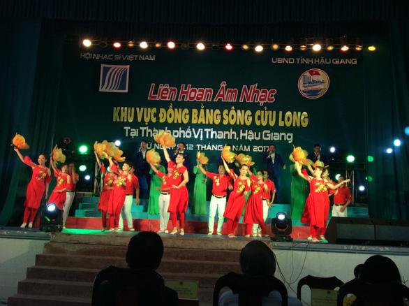 Liên hoan Âm nhạc khu vực Đồng bằng sông Cửu Long - Ảnh 1.