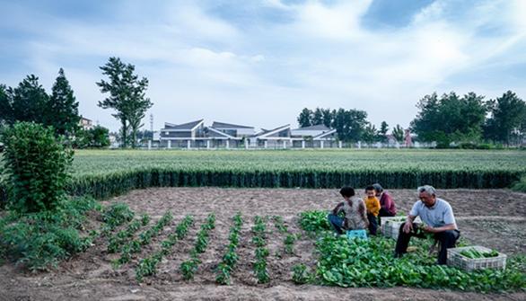 Trường mẫu giáo có kiến trúc như ngôi làng thu nhỏ ở Trung Quốc - Ảnh 9.