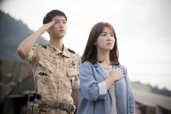 Song Joong Ki và Song Hye Kyo của Hậu duệ mặt trời tuyên bố ly hôn - Ảnh 8.