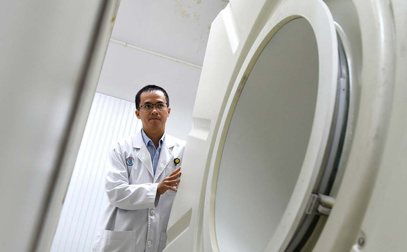 Lò thuốc phóng xạ hỏng: Bệnh nhân đi lại 4.000 cây số chụp PET/CT - Ảnh 1.