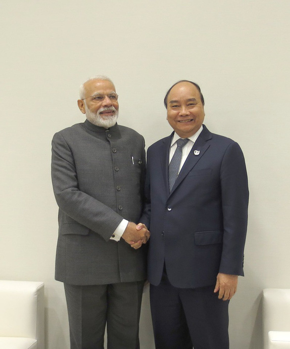 Thủ tướng Nguyễn Xuân Phúc chụp ảnh cùng lãnh đạo các nước G20 - Ảnh 4.