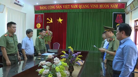 Giám đốc Sở GD-ĐT Sơn La hết đường nghỉ hưu, chờ bãi nhiệm - Ảnh 1.