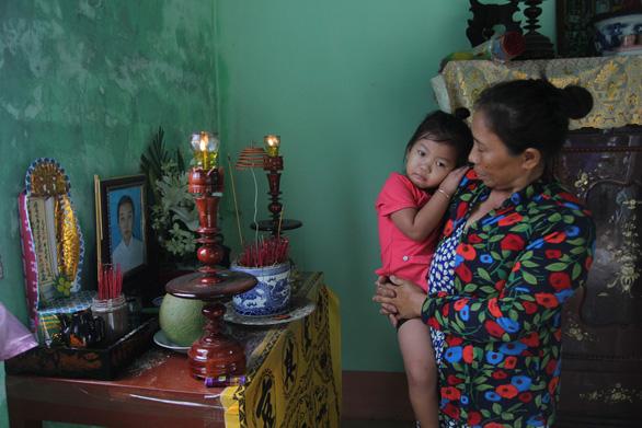 Mẹ cô gái bị tài xế Vinasun bỏ rơi sau tai nạn: Quá ác với con tôi! - Ảnh 3.