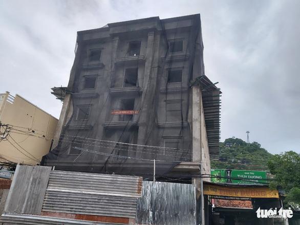 Cắt 2 tầng tòa nhà gây tai nạn lao động chết 3 người - Ảnh 1.