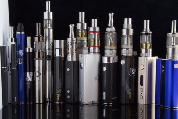 Mỹ: Thành phố San Francisco ra quy định cấm bán thuốc lá điện tử - Ảnh 1.