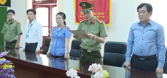 Gian lận thi cử Sơn La: Cảnh cáo phó chủ tịch tỉnh, đề nghị kỷ luật giám đốc Sở GD-ĐT - Ảnh 1.