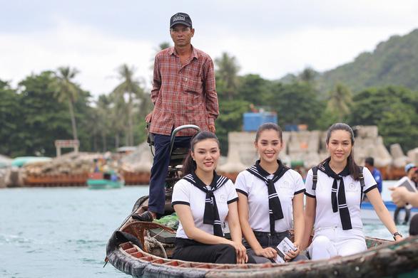 Hành trình từ trái tim trao sách đến vùng biển đảo Tây Nam - Ảnh 5.