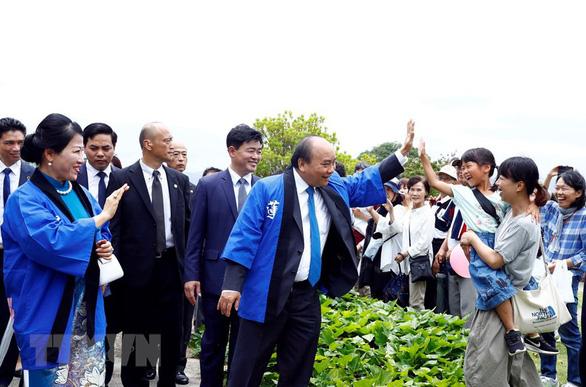 Thủ tướng đọc ca dao khi dự Lễ hội hoa sen Nhật - Việt - Ảnh 1.